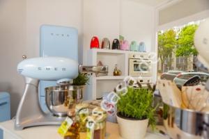 Smeg Kühlschrank Fab30rp1 : Smeg fab lv kühl gefrier komb pastellgrün