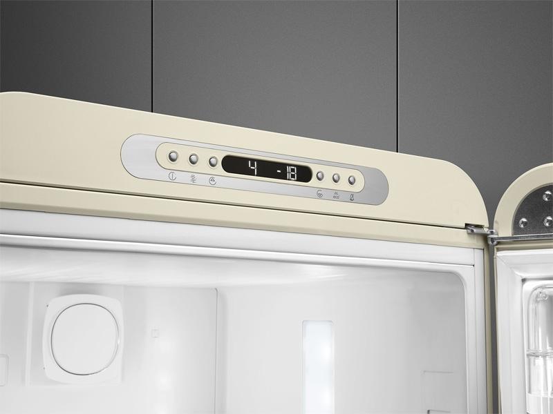 Kühlschrank Gefrierschrank Kombination : Smeg fab32rwh3 kühl gefrier komb. weiss